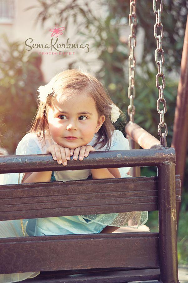 doğum günü kutlu olsun Defne! :) www.semakorkmaz.com