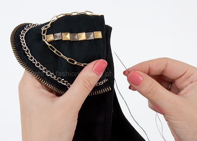 DIY epaulettes with zippers, chains and studs - Step 5 of 7
