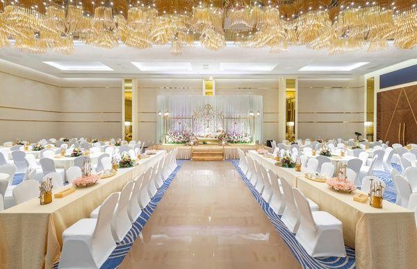 فندق راديسون بلو جدة السلام فنادق جدة Table Decorations Home Decor Decor