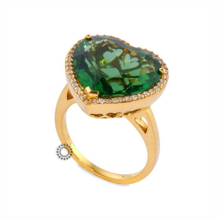 Εντυπωσιακό χρυσό δαχτυλίδι Κ18 με καρδιά από πράσινο χαλαζία & μικρά διαμάντια μπριγιάν | Δαχτυλίδια με ορυκτές πέτρες ΤΣΑΛΔΑΡΗΣ στο Χαλάνδρι #καρδιά #χαλαζίας #διαμάντια #μονόπετρο #δαχτυλίδι