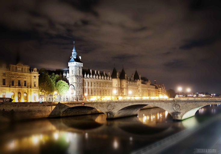 Paris at Night - photo series by Beers & Beans
