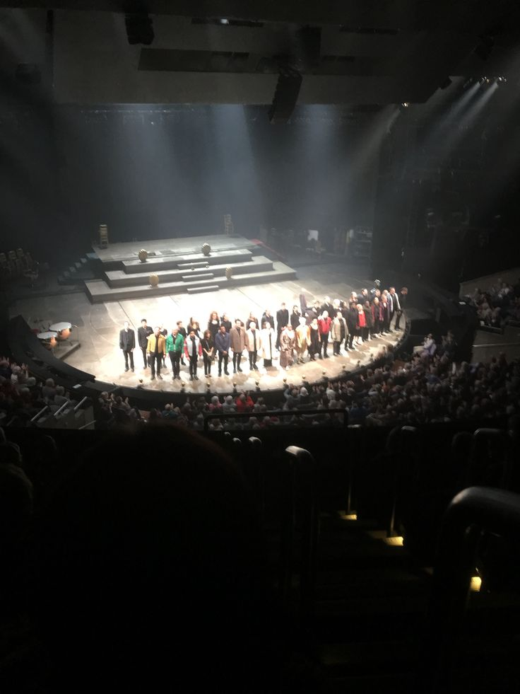 I've never seen the National so full. It's not often that I admit I'm wrong, can't remember the last time, but the play was not what I was expecting. Adam Gillen (Benidorm fame) and Lucian Msamati were superb. Must admit I'd never heard of Antonio Salieri - learn something new every day. HL