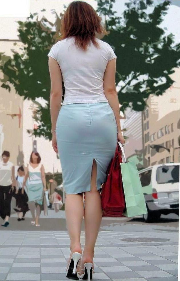 【街角】パンツのラインがエロすぎる素人のタイトスカート