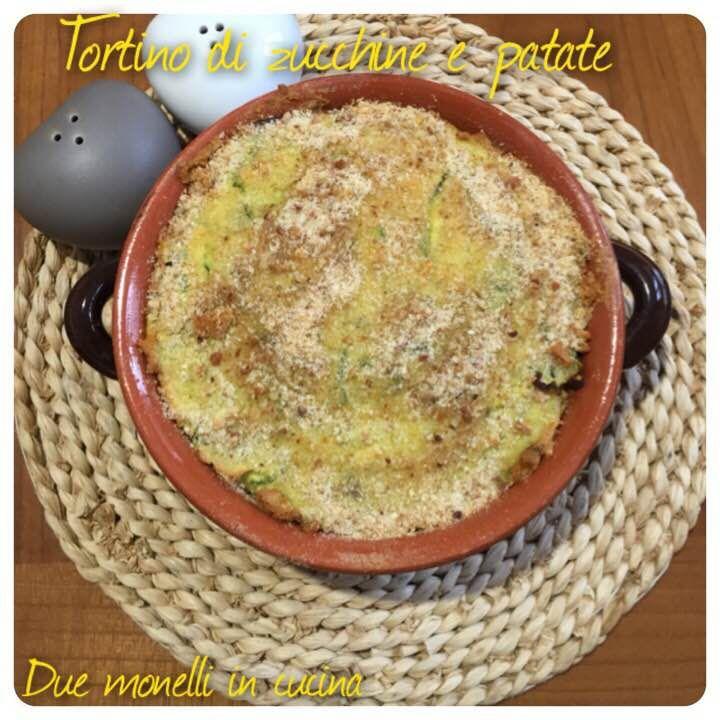 Il tortino di zucchine e patate è un secondo piatto semplice da preparare. Può essere preparato in anticipo e servito freddo, quindi è perfetto per la stagione estiva.