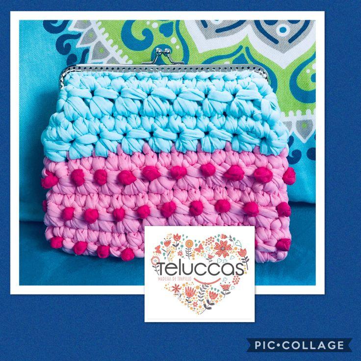 Monedero de trapillo plano. Ventas de material WhatsApp 5532324424. #trapillo #trapillos #tejer #hechoamano #tejido #crochet #bolsos #monederos #manualidades #handmade #handcrafted