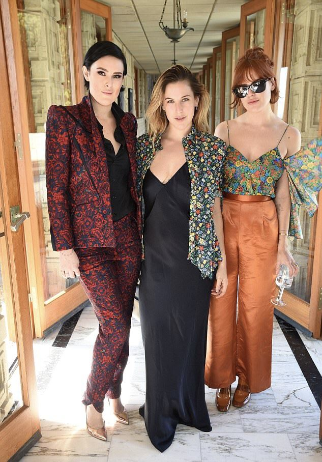2474dce67828 The Willis sisters | Style: Eclectic in 2019 | Demi moore, Bruce ...