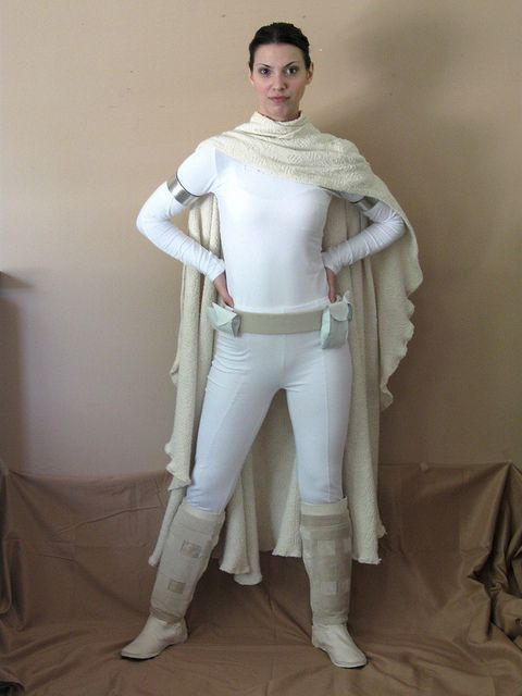 Star Wars Padme Costume by fatcatcrafts, via Flickr. I know I'm blonde but I love Padme. I love this costume.