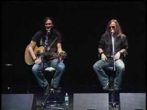 Edguy - Save Me and Scarlet Rose (acoustic) cara recomendo essa banda.. as musicas me fzem viajar !