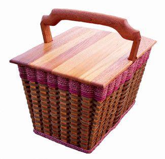 Small Lidded Picnic Basket