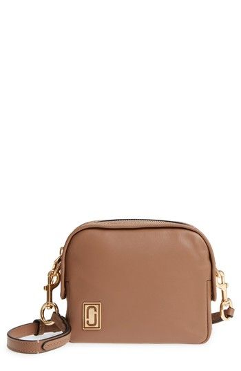 29817b6edcc5 MARC JACOBS THE MINI SQUEEZE LEATHER CROSSBODY BAG - BROWN.  marcjacobs   bags  shoulder bags  leather  crossbody