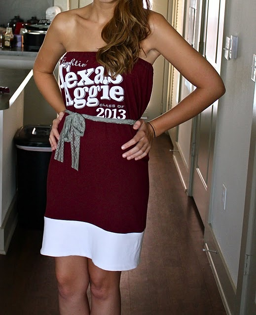 Making a shirt into a dress...may have to try this with an LSU shirt that's too big
