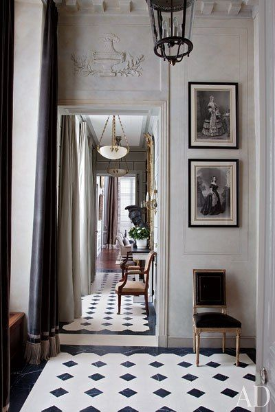 Black and white floors:
