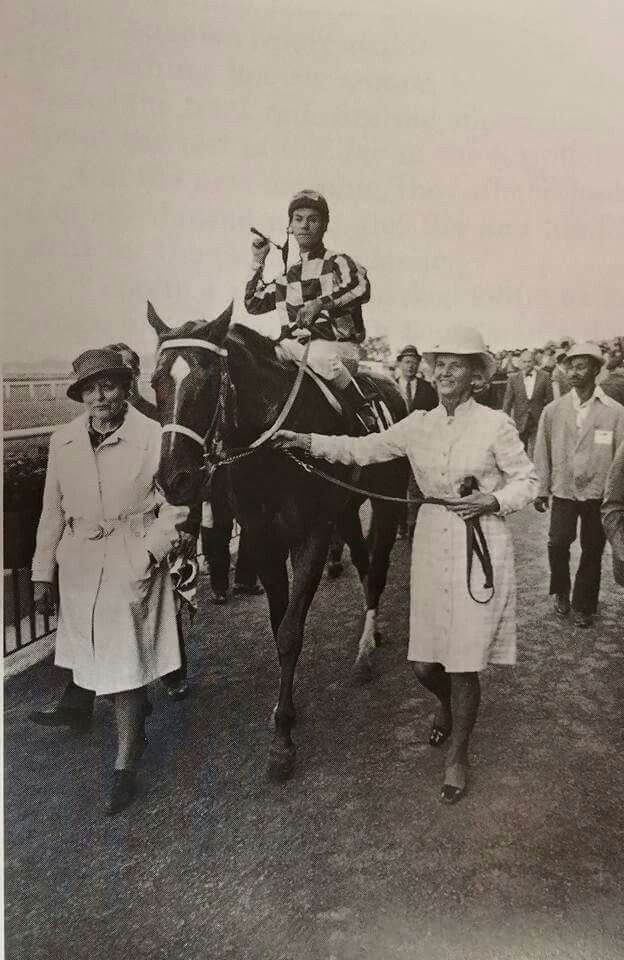 Penny leads Secretariat to the Winnner's Circle of the 1973 Man O'War  Turf Stakes.