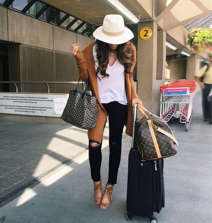 emily gemma, the sweetest thing blog, travel blogger, lake louise, BANFF trip…