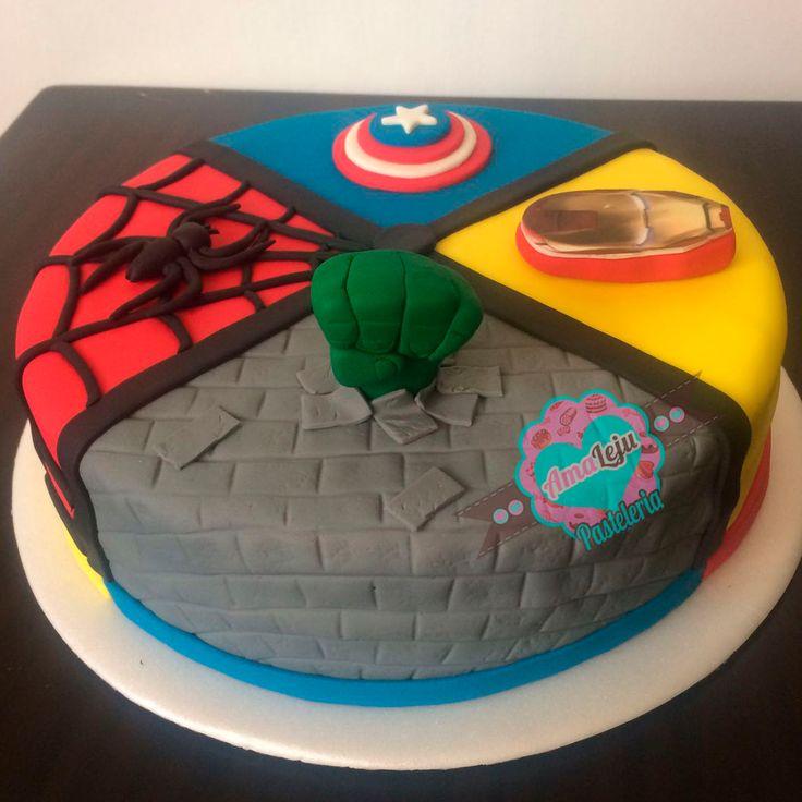 Torta Vengadores Realiza tu pedido por; https://goo.gl/mvYBYv WhatsApp: 3058556189, fijo 8374484  correo info@amaleju.com.co Síguenos en Twitter: @amaleju / Instagram: AmaLeju #vengadores #superheroes #iroman #capitanamerica #hulk #hombrearaña