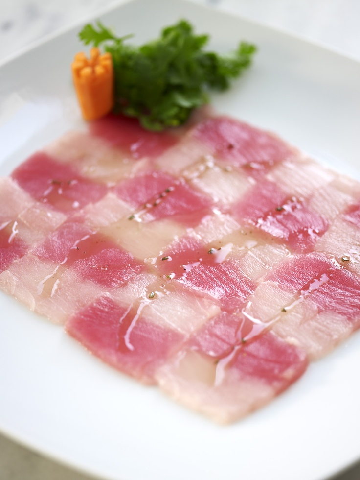 TUNA 2 FILLETS