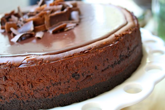 Dark Chocolate Mousse Cake. SO GOOD AND RICH AND AMAZING!!! BEB.