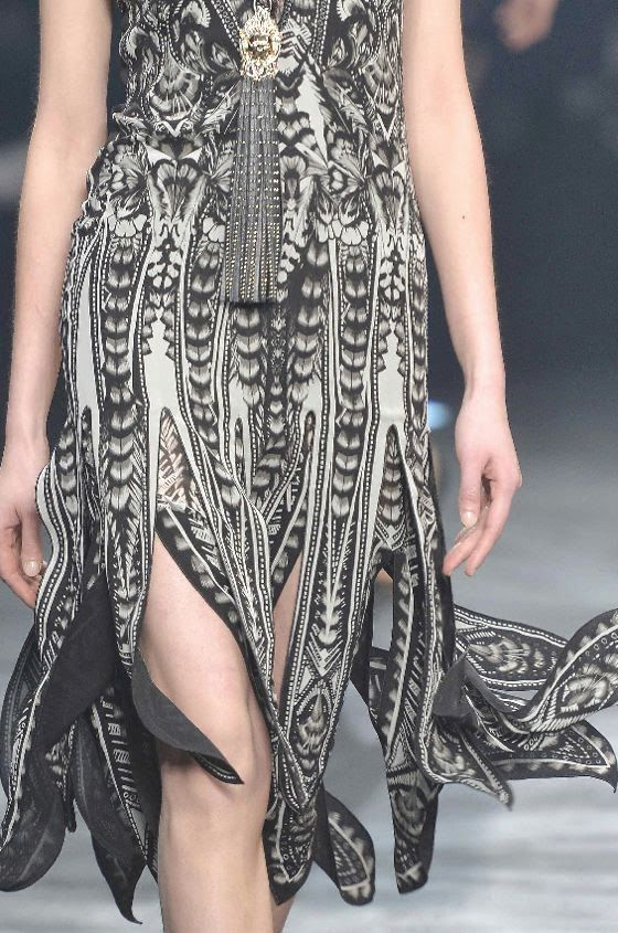 patternprints journal: PRINTS, PATTERNS, TRIMMINGS AND SURFACE EFFECTS FROM MILAN FASHION WEEK (A/W 14/15 WOMENSWEAR) / 12