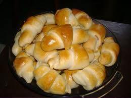 Sonkás,Sajtos Kifli Recept : http://www.imreneblog.info/sonkassajtos-kifli-recept/