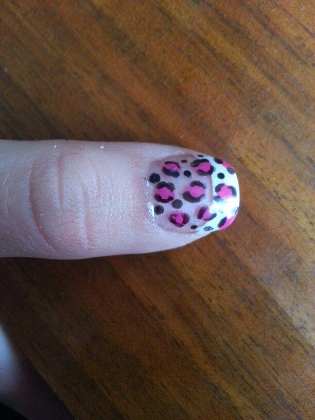 Leo :) nail