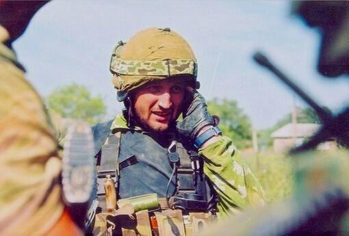 "Lieutenant-Colonel Oleg Ilyin of ""Vympel"" during Beslan school siege. Hero of Russian Federation posthumously. [510x345]"