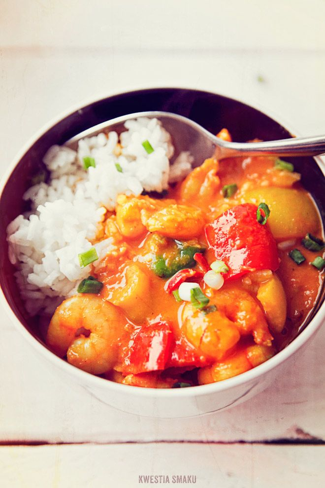 Shrimp and bell pepper curry