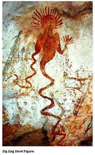 オーストラリアのキンバリー地方にある岩場で次々と見つかる壁画のうちのひとつ。描かれたのは、ものにより3000年前から5000年前ころと推定。人類学者のステファン・オッペンハイマー博士が率いるブラッドショー財団による撮影
