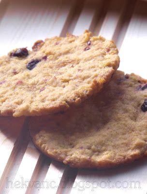 hekvanc: Aszalt gyümölcsös, kukoricapelyhes keksz