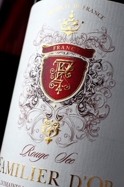 Beautiful French wine label. Oh my heavens. I wouldn't be able to drink the wine. I'd want to keep the bottle forever