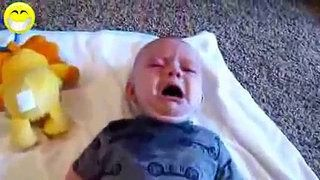 Videos de risa de bebes chistosos, graciosos y divertidos