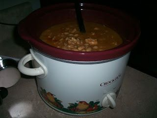 "Crock Pot Recipe Exchange: White Bean Chicken Chili   ""THIS THE ONE I LIKE AND MAKE"""
