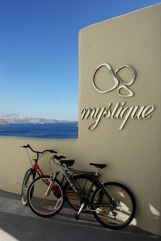 Get the most our of Santorini by bike!