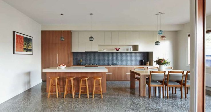 Thornbury House in collaboration with Mesh Design Projects