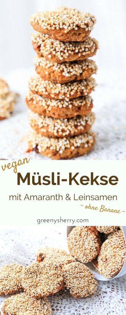Gesunde Müsli-Kekse mit #Amaranth und #Leinsamen - ohne #Banane . Der ideale vegane Snack für unterwegs, Arbeit, Uni, Schule. Gesunde Nervennahrung, die schmeckt! www.greenysherry.com #vegan #müsli #kekse #snack #xucker #gesund #unterwegs #veganblog #foodblog #rezept #DIY #datteln #zuckerfrei