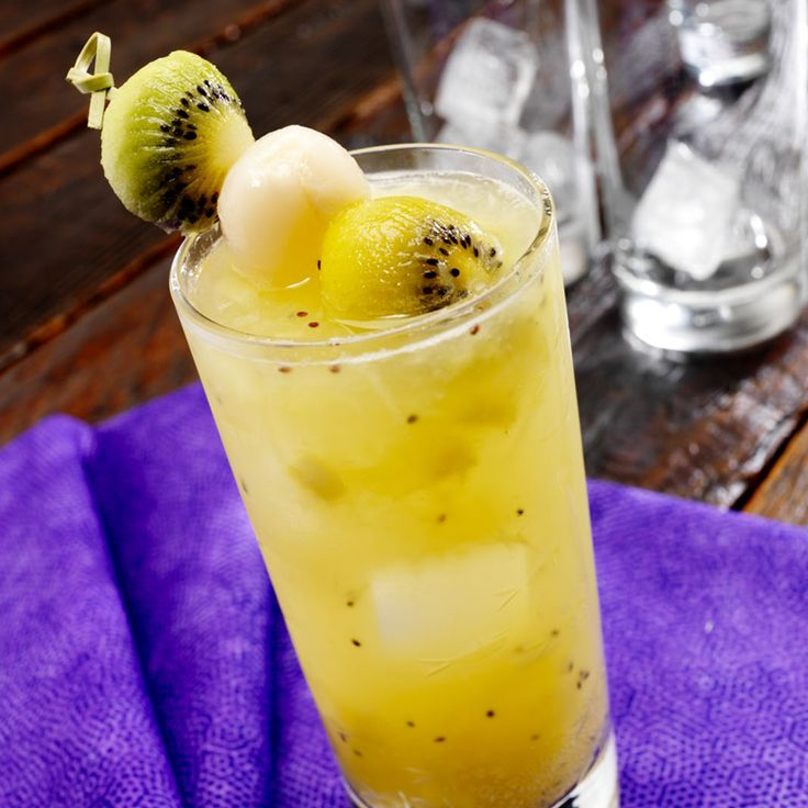 Zespri® Gold Kiwifruit Lychee Sparkler http://www.zespri.com.sg/zespri-gold-kiwifruit-lychee-sparkler/