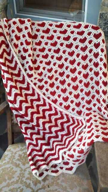 """""""Sweetheart Ripple Afghan"""" from Annie's Attic Reversible ripple Afghans."""