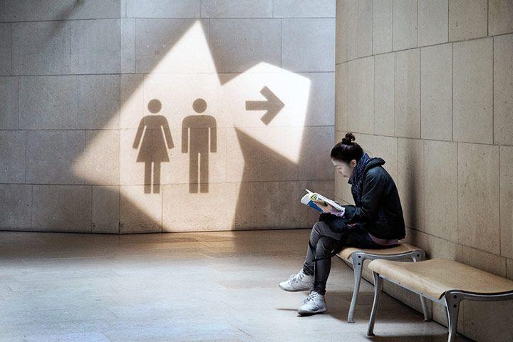 Credit: Linda Wride 'How convenient: signs that transcend the language barrier at the Cinémathèque Française, Paris'