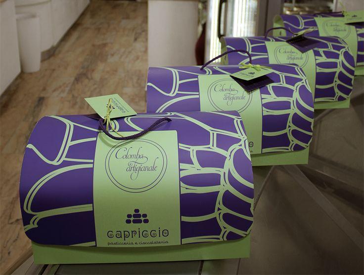 """un tesoro di colomba…  da """"Capriccio"""" pasticceria e cioccolateria a Napoli in via Carbonara…"""