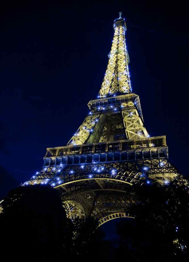Seeing the Eiffel Tower light up with sparkles is one of the most magical things Paris has to offer
