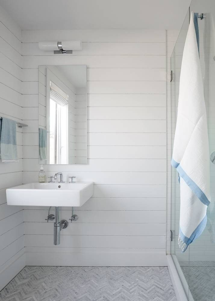 Stephanie Michaan Of The Interior Shares Design Advice And Lessons From Her Styling Her Hamptons Farmhouse Find Decor Ideas From Stephanie Michaan Of The