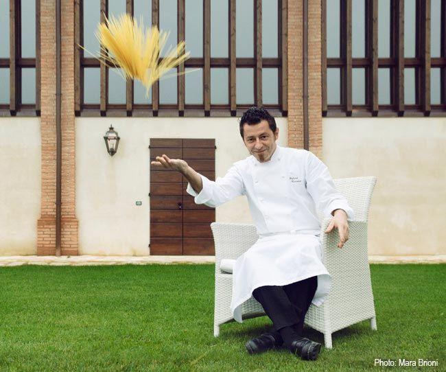 """Stefano Cerveni, Fare cucina significa per me """"ascoltare"""" ogni ingrediente e trattarlo con rispetto usando tecnica e passione, con l'obbiettivo creare piatti semplici, buoni, sani."""