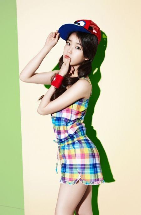 Cute IU. :)