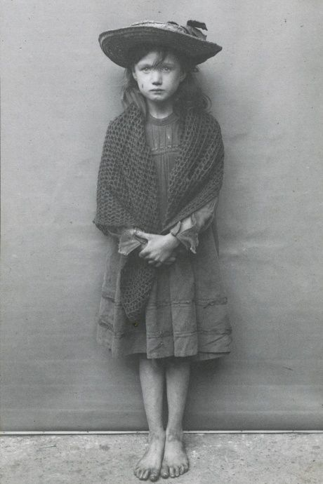 One of Horace Warner's intimate portraits of London's poorest children in the early 1900s / London