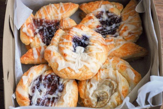 Vegan danish recipe with step by step instructions.