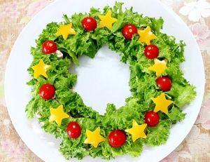 「豚しゃぶ★クリスマスリースサラダ」クリスマス用のサラダです。パーティにぴったり【楽天レシピ】