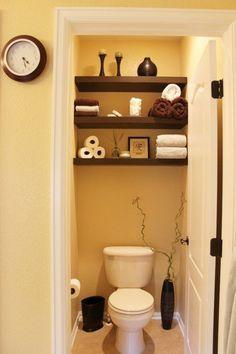 Love how the shelves go fully across the wall. 55 Cozy Small Bathroom Ideas | Cuded