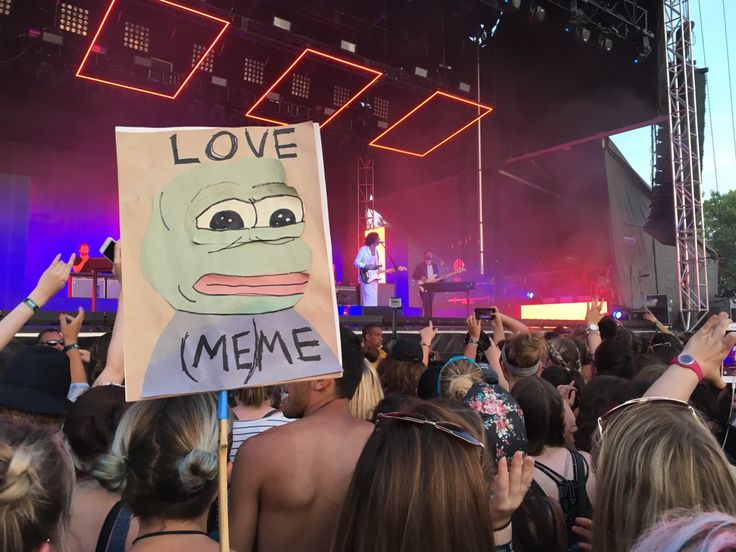 "Love Me // The 1975 | Pepe Sign | I feel like this would be a sign that I would take to a concert tbh. And not that long ago I texted my friend ""Hello.......................... It's..................................... Me(me)......... Pepe"" (and then I sent a picture of Pepe with it)"