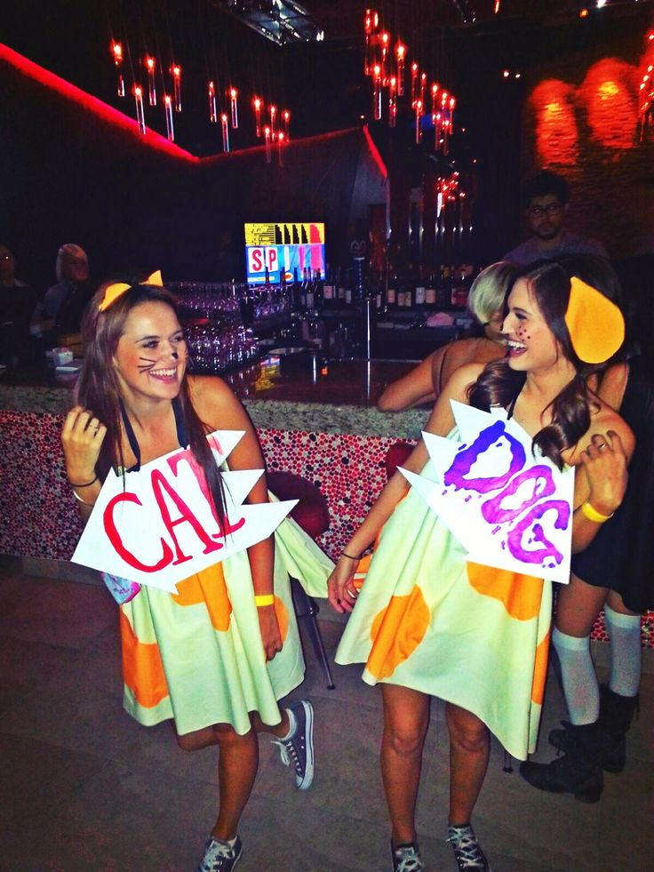 Super cute idea for two best friends who want to be comfy and cute for Halloween!!!