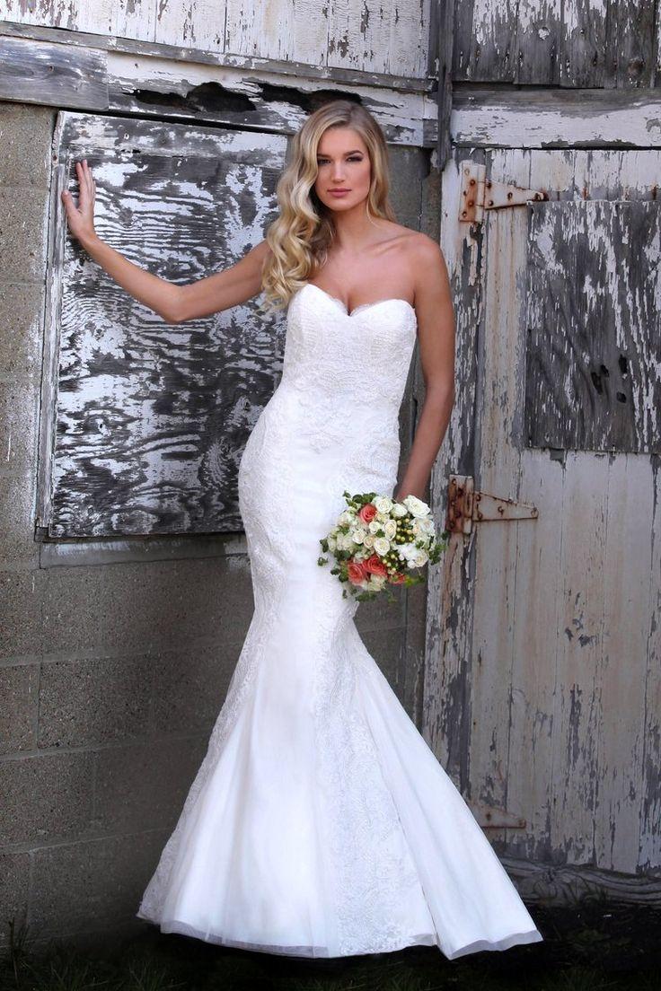Marisa wedding dress   best bridal gown images on Pinterest  Wedding frocks Short