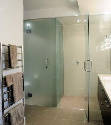 Buy most beautiful frameless shower from NZ Glass in Nort Shore, Auckland.